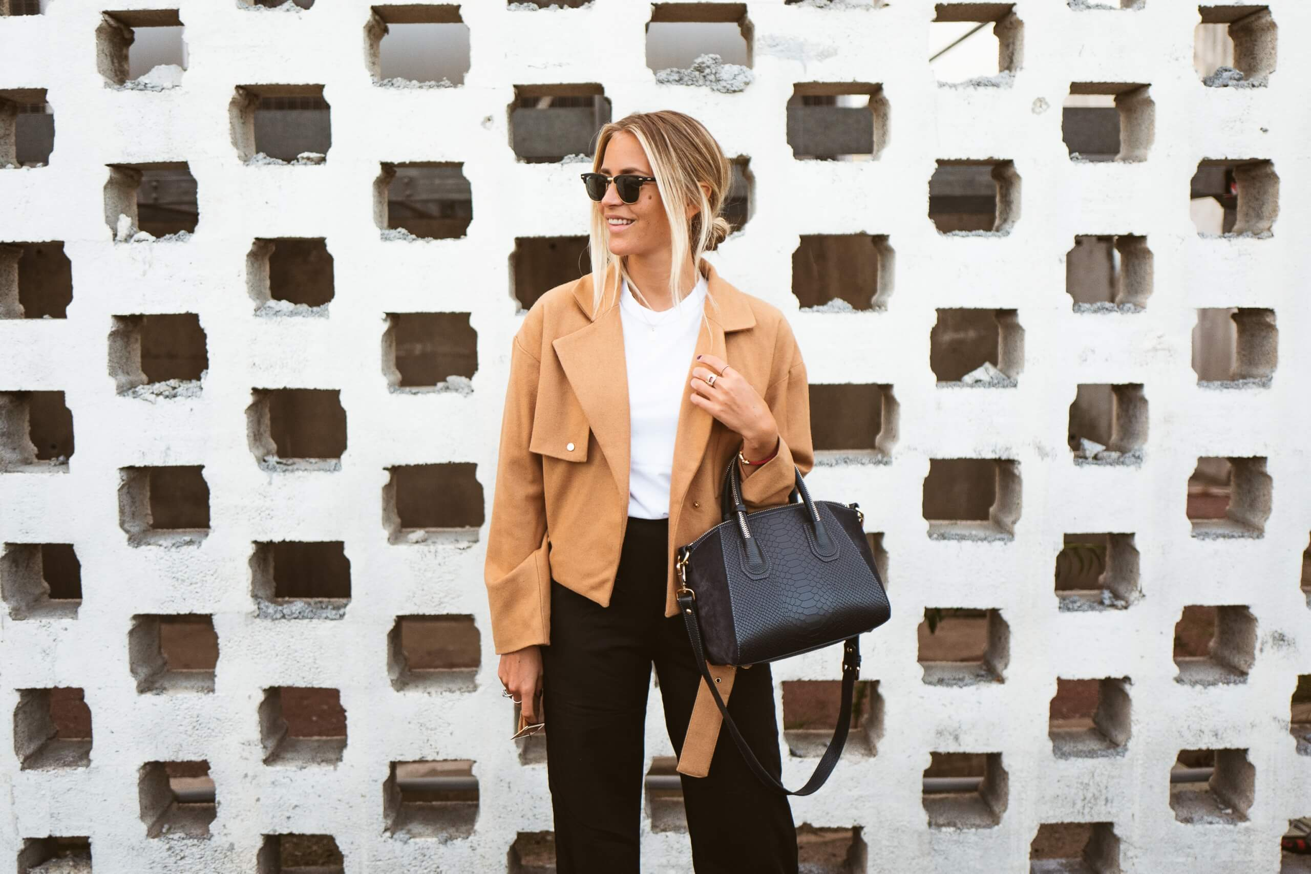 janni-deler-basics-1-of-1