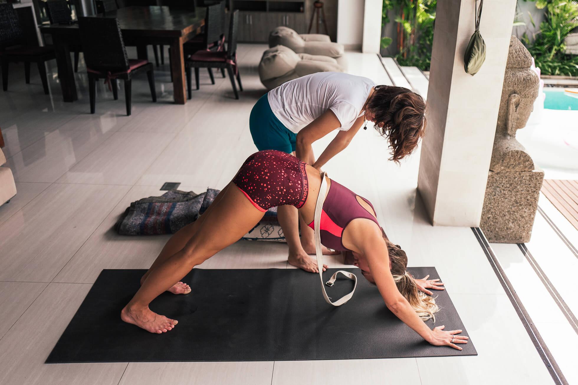 janni-deler-morning-yoga-balil1180595